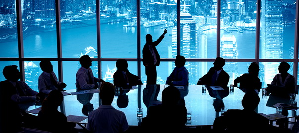Кто такие CEO, CFO, CCO, CIO, CMO, CRO и т.п.?