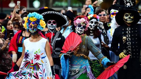 Организация вечеринок в честь Хэллоуина
