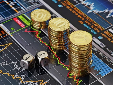 От чего зависит курс валюты?